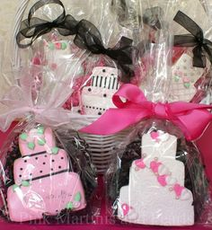 @Vannary Thach-Song wedding cake cookie favors
