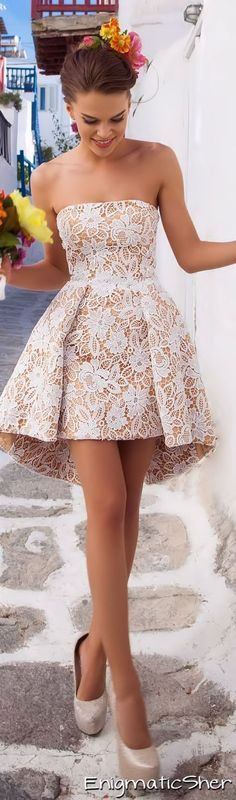 Mira este #vestido simplemente ¡divino!