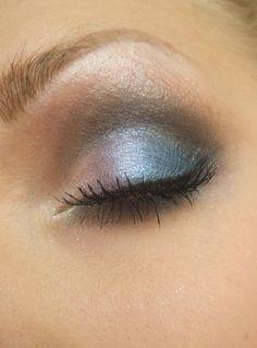 MUS ED Sassy (Blålila), Crystal (silverkimmer), Powerful (turkos)  MUS MS Tuch (mörkblå)  Från den ljusa 120-paletten: