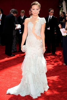 Olivia Wilde shows off her embroidered Marchesa gown, Kwiat jewels and Jimmy Choo shoes at the 2009 Emmy Awards