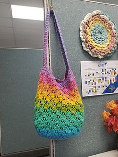While the pattern as written was specifically made for Sugarwheel cotton cakes, it is easily adaptable for any cotton of your liking. Crochet Beach Bags, Crochet Market Bag, Crochet Tote, Crochet Handbags, Crochet Purses, Bead Crochet, Free Crochet, Double Crochet, Single Crochet