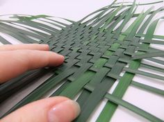 To create a diagonal pattern turn the weave to shape a diamond.