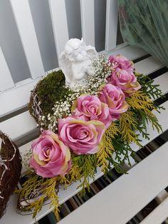 Ikebana, Floral Wreath, Wreaths, Home Decor, Floral Crown, Decoration Home, Door Wreaths, Room Decor, Deco Mesh Wreaths