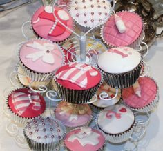 Girl's Baby Shower cupcakes