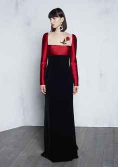 See the complete Paule Ka Pre-Fall 2016 collection.