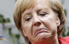 Angela Merkels Corona-Politik: Milliarden fürs Ausland – Verachtung und Almosen für Deutsche Photo Humour, Seriously Funny, Photomontage, Make You Smile, Thinking Of You, Funny Pictures, Photo And Video, Memes, Poutine