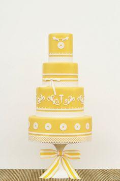 Arte e apetite > bolo branco e azul #casamento #amarelo