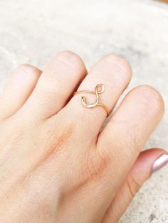 Rose Gold Initial ring letter S ring wire initial ring wire ring initial S ring adjustable ring wire letters Custom letter S ring d&de Gold Rings Jewelry, Jewelery, Jewelry Bracelets, Etsy Handmade, Handmade Jewelry, Gold Finger Rings, Gold Ring Designs, Cute Rings, India Jewelry