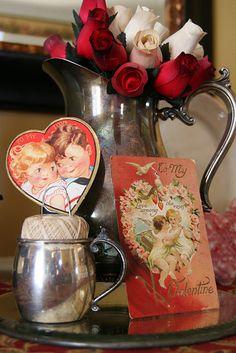 cute way to display vintage valentines