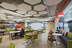 SquareTrade, a company that offers extended warranties for electronics, has recently moved into a new office in San Francisco designed by Design Blitz