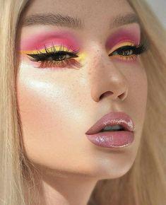 eye make-up in yellow and pink Makeup Eye Looks, Eye Makeup Art, Cute Makeup, Skin Makeup, Eyeshadow Makeup, Beauty Makeup, Tumblr Eye Makeup, Glam Rock Makeup, Fairy Makeup