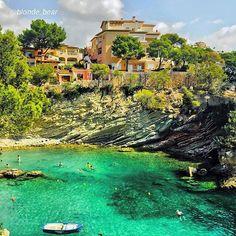Cala Fornells. Photo by @blonde_bear #calafornells #paguera #mallorcaisland #mallorca #majorca #majorque #baleares #balearic #islasbaleares #españa #spain #espana #espagne #playa #beach #cala #verano #summer #paraiso #paradise #majorcaisland
