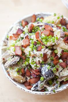 Blue Cheese Roasted Potato Salad: Blue cheese and sour cream make up the creamy base in this addictive potato salad! Potato Salad Dressing, Salad Dressing Recipes, Roasted Potato Salads, Roasted Potatoes, Blue Cheese Recipes, Cooking Recipes, Healthy Recipes, Cheese Lover, Side Recipes