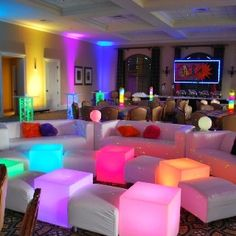 Party Themes Sweet 16 Bat Mitzvah Ideas For 2019 Bat Mitzvah Decorations, Bat Mitzvah Themes, Bat Mitzvah Party, Glow Party, Disco Party, Neon Sweet 16, Girls Party, Party Fiesta, Boy Decor
