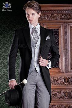 a71120f2748c9 Chaqué de novio italiano negro. Chaqué de sastrería y exclusivo corte  italiano. Chaqué elegante