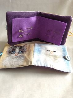 Handmade kittens patterned cotton needle case with two new needles and two safety pins included. Inside of case has two felt 'pages' for the needles. Needle Case, Pin Cushions, Kittens, Felt, Etsy Shop, Pattern, Handmade, Kitty Cats, Baby Cats