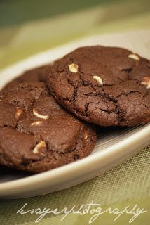 Cookie Mad: Double Chocolate Chip Cookies (Chocolate White Choc Chip) Subway copycat recipe