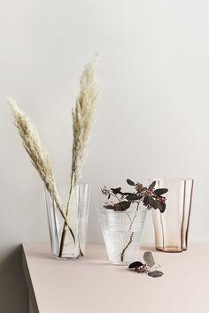Anne Maria, Alvar Aalto, Tall Vases, Flower Bouquets, Marimekko, Vases Decor, Scandinavian Design, Simple Designs, Craftsman