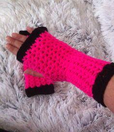 Polswarmers /handwarmers /vingerloze handschoenen Annemarie Evers/mani di Anne Je vind me op Facebook en Instagram