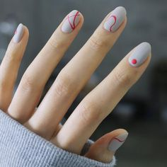 Gray Nails | Nail art |Nail design | Unhas Decorada | Unhas Cinzas | Dots | Nail Polish | Fancy | Chic | Elegante by @nail_unistella