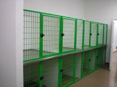 LGStacked_Kennels_Magna_Latches