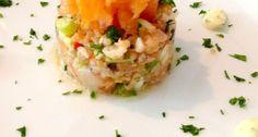 Lekker recept voor een licht voorgerecht, tartaar van zalm met zelfgemaakte limoenmayonaise.