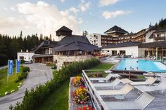 Falkensteiner Club Funimation Katschberg is a hotel with spa in Austria. Activities & entertainment, indoor climbing wall, giant water slide & more! Giant Water Slide, Water Slides, Indoor Climbing Wall, Carinthia, Hotel Spa, 4 Star Hotels, Austria, Exterior, Entertaining