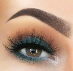 @paulinemartyn #makeup #eye #eyebrows #eyelashes #huda #beauty check them (affiliate link)