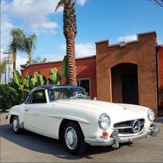 Classic Mercedes, Manual Transmission, Mercedes Benz, Vehicles, Ivory, Cars, Grey, Interior, Room