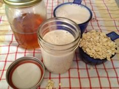 Oats Facial Cleanser...for the days you just want to *cheaply* pamper your skin, start off with a DIY cleanser!