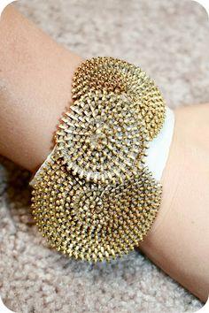 Zipper Rosette Bracelet by Sew Craft Create