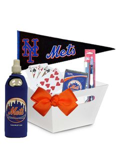 Mets Fan Gift Basket. Item Number: 2012032996 New York Mets fan gift basket filled with a deck of Mets playing cards, Mets toothbrush, Mets water bottle and a Mets fan pennent. You can select additional items from any other category for us to include inside this gift basket such as a bottle of wine, savory snacks or more Mets fan gifts.