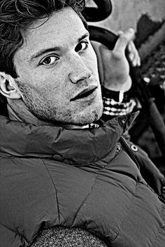 Brady Ervin by Tony Wallin (2010) #BradyErvin #malemodel #model #TonyWallin #Wilhelmina #WilhelminaModel #MajorModels #PromodModels #PMAModels #cold #Winter #bw