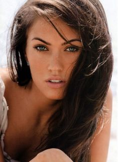 Megan Fox is one of the beautiful and gorgeous Hollywood actress. Here in this post you will find 7 Secrets Of Megan Fox Sexy Look. Megan Fox Sexy, Megan Fox Fotos, Megan Denise Fox, Megan Fox Young, Megan Fox Face, Megan Fox Makeup, Megan Fox Wallpaper, Hd Wallpaper, Beautiful Eyes