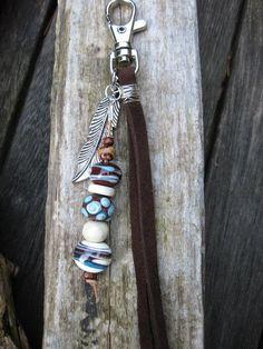 Schlüsselanhänger Leder und Glas von peppigcolored01 auf Etsy, €12.00
