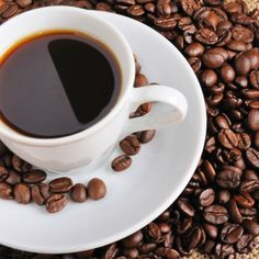Top 20 Artery-Cleansing Foods  Coffee  According to researchers in The Netherlands, people who drank more than two, but no more than four, cups of coffee a day for 13 years had about a 20 percent lower risk of heart disease than people who drank more or less coffee or no coffee at all. Moderation is the key to coffee's heart-health benefits—the caffeine is a stimulant which can cause a temporary increase in blood pressure, and in excess, can lead to irregular heart beat.
