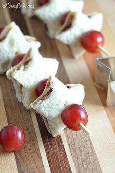 Make your kid's lunchbox fun with sandwich cutout fruit skewers and lovable notes!