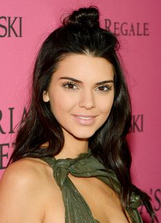 This Is the Secret Behind Kendall Jenner's Clear, Breakout-Free Complexion from InStyle.com