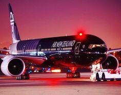 Night Flight - Air New Zealand B777 arrives at LAX
