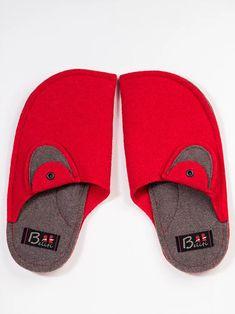 ELEPHANT slippers | felt-slippers Felted Slippers, Elephant, Slip On, Sandals, Shoes, Fashion, Felt Slippers, Shoes Sandals, Zapatos
