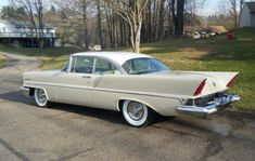 1957 Lincoln Capri 2Dr H.T. - Light Beige with White Roof.