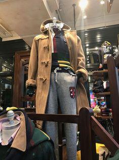 Polo Shirt Outfits, Preppy Outfits, Work Fashion, Prep Fashion, Fashion Retail Interior, Preppy Boys, Ivy League Style, Preppy Mens Fashion, Ivy Style