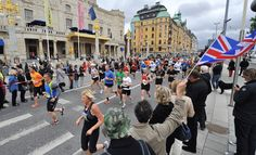 The Stockholm Marathon has an afternoon start. City course takes you by the royal palace, along the waterfront and through the city. One big bridge (that you go over twice.) Supportive crowd.