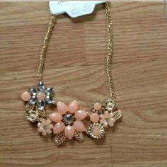 Pretty Flower Necklace Feminine & Classic Jewelry Necklaces