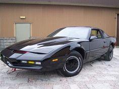 Super Star Wedding Cars - Knight Rider K.I.T.T Wedding Car - Star Car Hire - www.crazylilweddings.com