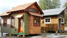 Lloyd's Blog: Tiny Homes of Recycled Materials in Maryland