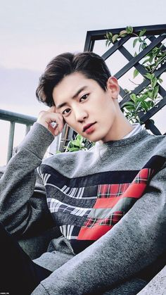 Find images and videos about kpop, exo and korean on We Heart It - the app to get lost in what you love. Exo Ot12, Chanbaek, Leeteuk, Kdrama, Chanyeol Baekhyun, Kpop Exo, Korean Bands, Exo Members, K Idol