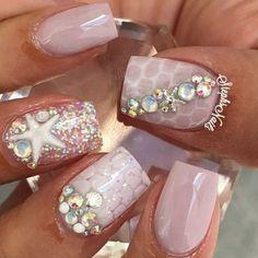 mermaid ideas for halloween, mermaid nails