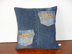 Housse de coussin jean recyclé avec poches