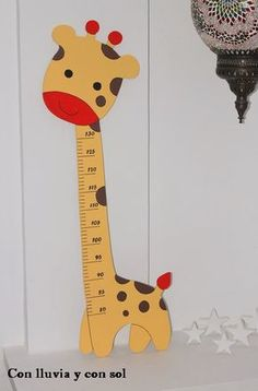 medidor para niños - Buscar con Google Class Decoration, School Decorations, Growth Chart Ruler, Wall Drawing, Wood Resin, Baby Play, Kid Spaces, Baby Decor, Diy Woodworking